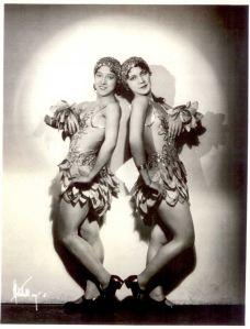 Mi-na and Nee-sa Long